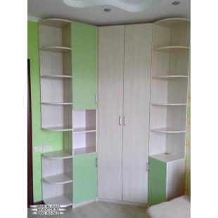 Распашной шкаф 05